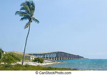 Florida Keys Bridge - Bridge connecting florida keys over...