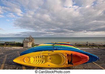 Florida keys - Kayak on sand beach of Bahia Honda state park