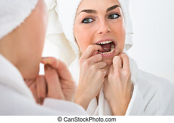 flossing, femme, dents