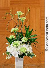 Flower bouquet in white ceramic pot - Bouquet of carnation...