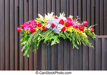 Flower bouquet on podium - Close up flower bouquet on old...