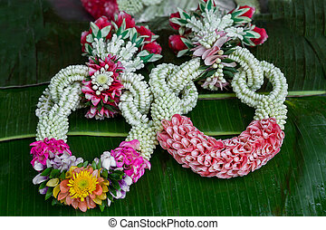 flower garland