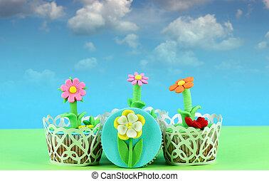 flower tasty cupcakes dessert