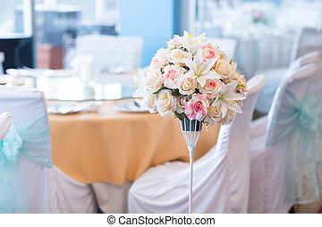 Flower vases in the wedding