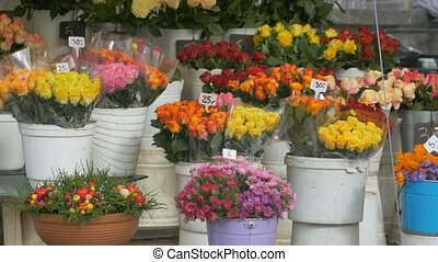 Flowers Bouquets for Sale - Beautiful colorful flowers...