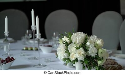 Flowers decoration at the table