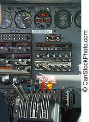 flugzeug cockpit, kontrollen