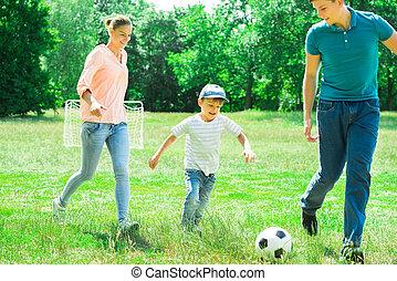 focilabda, játék, család