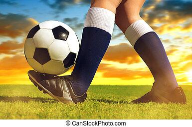 focilabda, noha, lábak, játékos, képben látható, a, labdarúgás, field.
