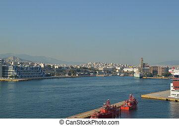 fog, a, kereskedelmi, rév, közül, piraeus, alapján, egy, cruise., építészet, parkosít, utazás, cruises., július, 2, 2018., piraeus, greece.