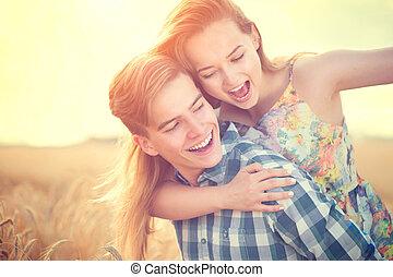 fogalom, szeret, párosít, fiatal, móka, outdoors., birtoklás