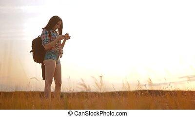 fogalom, telefon, nő, helyes, női, leány, talál, árnykép,...