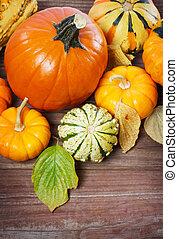 foglie, autunno, zucche, spremute