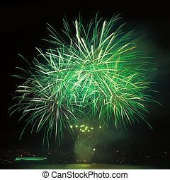 fogos artifício, em, a, céu noite