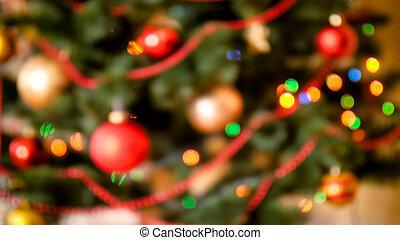 fokus, bild, von, bunte, lichter, glühen, auf, dekoriert, weihnachtsbaum