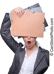 folders, vrouw, kantoor, open-mouthed, achter, het verbergen