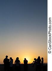 folk, betrakta, solnedgång, och, avnjut, den, in, los...