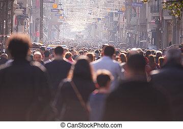 folk, folkmassa, vandrande, på, gata