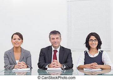 folk, hænder, deres, firma, smil, folde, tre