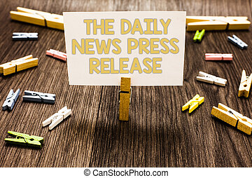 folk, tekst, tegn, avis, release., tal, bemærk, holde, fotografi, begrebsmæssig, hvid, adskillige, tøjklemme, stor, viser, floor., presse, nyhed, tøjklemmer, kungør, af træ, daglige, eller