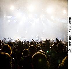 folkmassa, hos, konsert