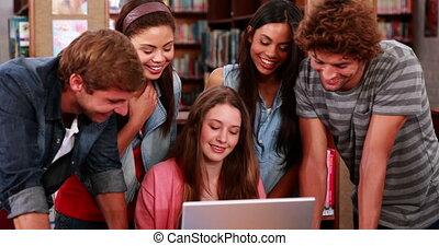 fonctionnement, étudiants, ensemble, heureux
