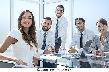 fonctionnement, business, femme affaires, jeune, team., réunion
