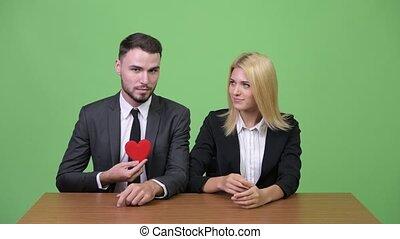 fonctionnement, femme affaires, flirter, jeune, quoique, homme affaires