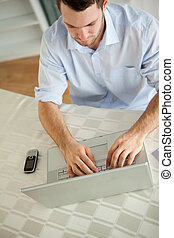 fonctionnement, ordinateur portable, sien, homme affaires