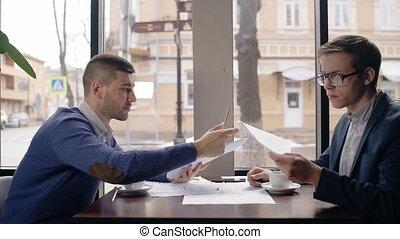 fonctionnement, parler, réussi, contrat, hommes affaires, interior., table, café