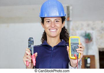 fonctionnement, vérification, équipement, électrique, ingénieur entretien, femmes