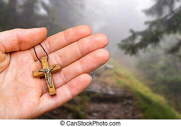 fond, croix, main, hanté, forêt, femme