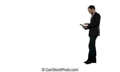 fond, isolé, homme numérique, blanc, heureux, tablette, jeune, utilisation