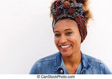fondo, su, contro, giovane, americano, femmina, chiudere, sorridente, afro, bianco