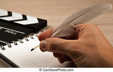 fontaine, screenwriter, mains, stylo