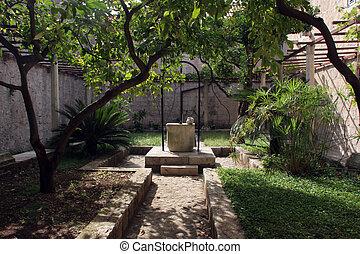 fontana, atrio