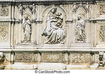 Fonte Gaia, Siena, Italy.