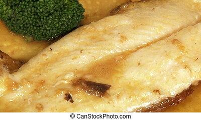 Food, fish, sauce, broccoli.