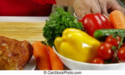 Food Preparation - Cutting Chicken