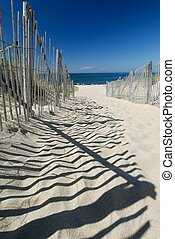 Footpath to the beach - Footpath in the perfect sand heading...