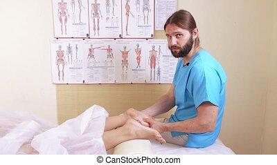 Foots massage girl