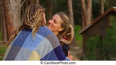 forêt, embrasser, autre, 4k, couple, romantique, chaque