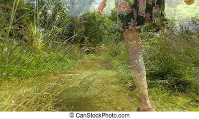 forêt, femme, sauter
