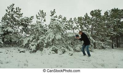 forêt, homme, chant, hiver, jeune