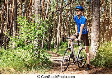 forêt, jeune, équitation, cycliste
