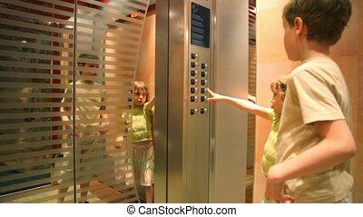 forbidden to children without adults to use elevator