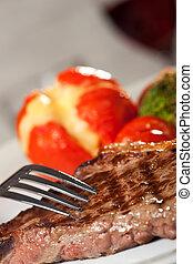 forchetta, cotto ferri, bistecca