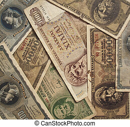 A collection of foreign notes