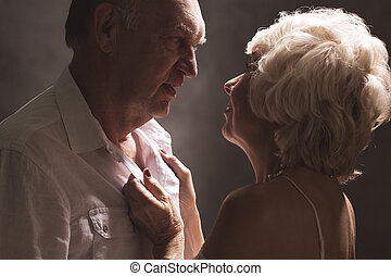 foreplay, sexy, couples aînés, pendant