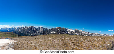 Forest Canyon Overlook in Rocky Mountain National Park - ...